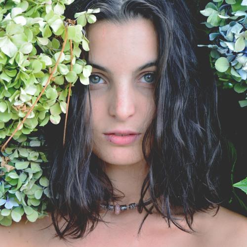 Flavia Garcia's avatar