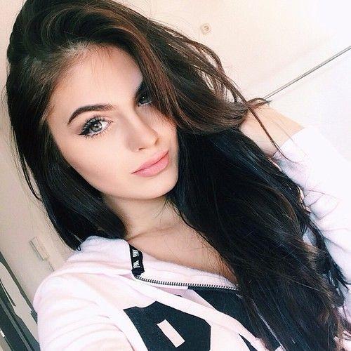 Melanie Miller's avatar