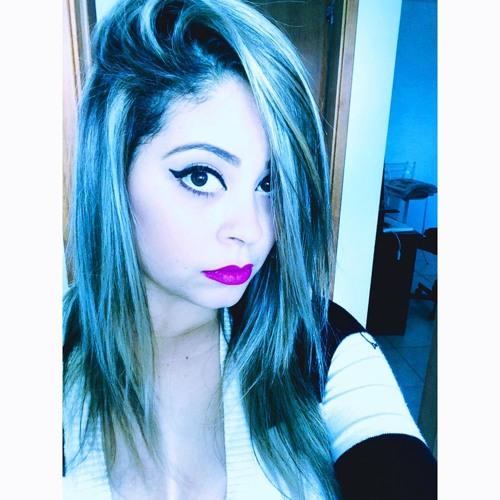 Poliana Figueiredo's avatar