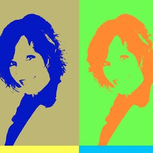 Sally Larkin's avatar