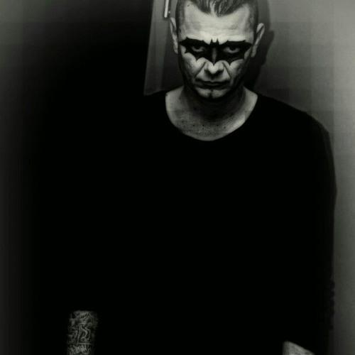 Gira Tomi's avatar