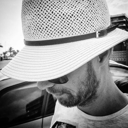 Nic de la Haye's avatar