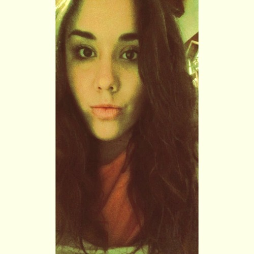 Jazmine Claris's avatar