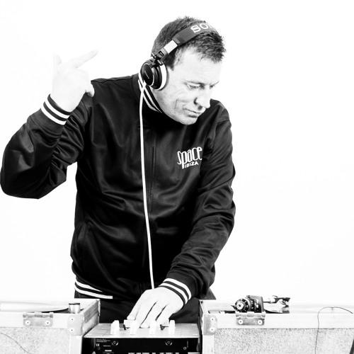 DJ SI CARVELL's avatar