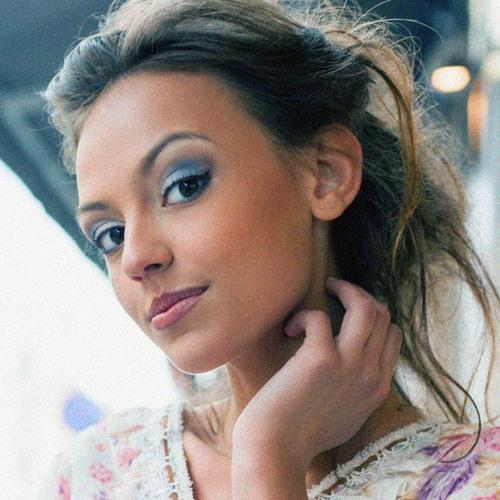 Mia Clark, Author's avatar