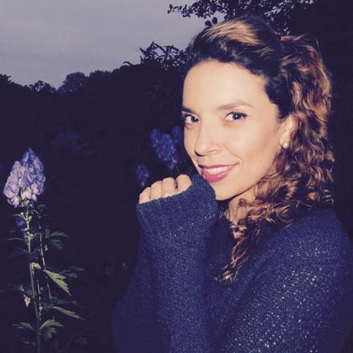iamRia's avatar