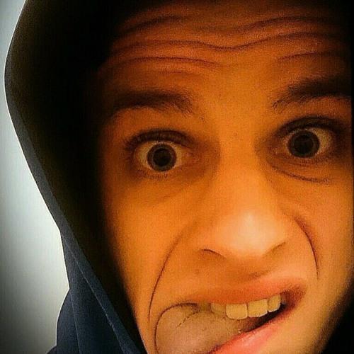 Adrian Groll's avatar