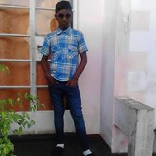 User 487666616's avatar