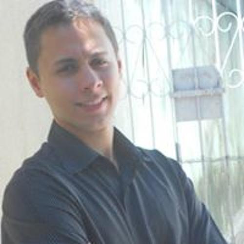 Lucas Maximo's avatar