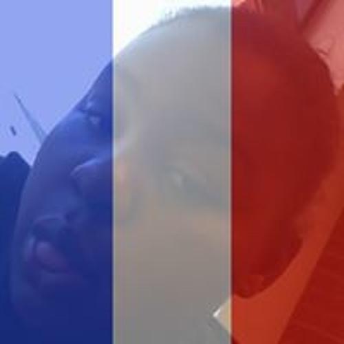 Savana Adams's avatar