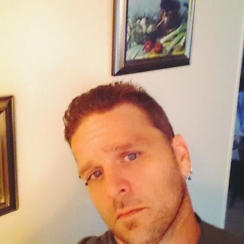 TRAVIS YOUNG AKA STRUTTER's avatar