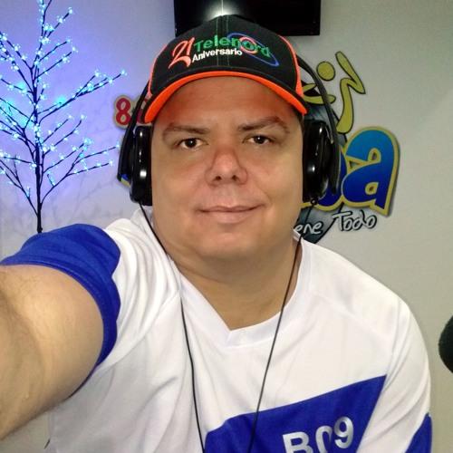 Yovanny Reyes 1's avatar