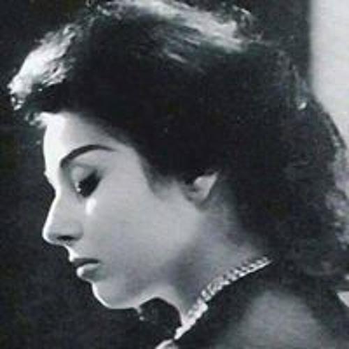 Aliaa Lo La's avatar