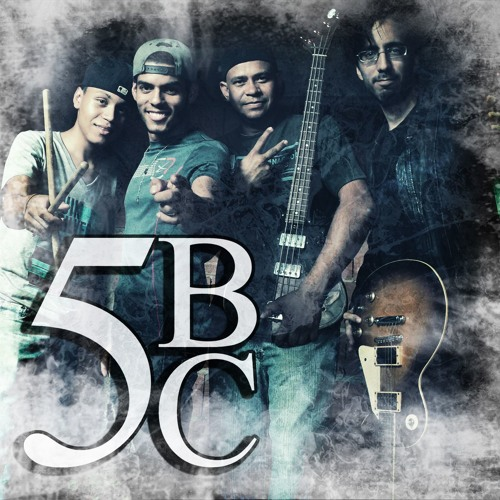 5BC - Más Que Amigos