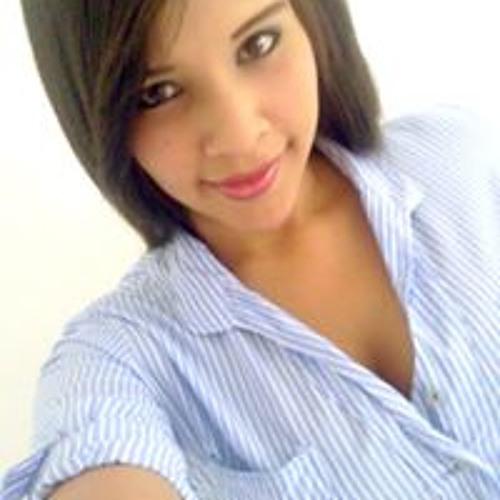 Mari Betancourt's avatar