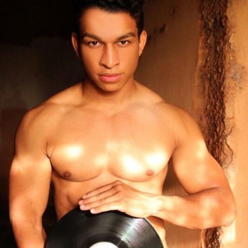 DJ Ronaldo Lopes's avatar
