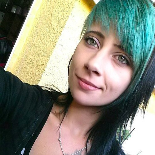 MeLLeE>>>'s avatar