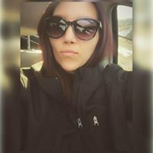 Hollymarie's avatar