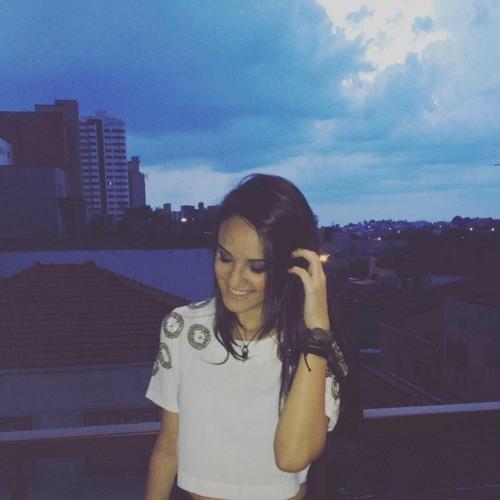 Gabriela Abrão's avatar