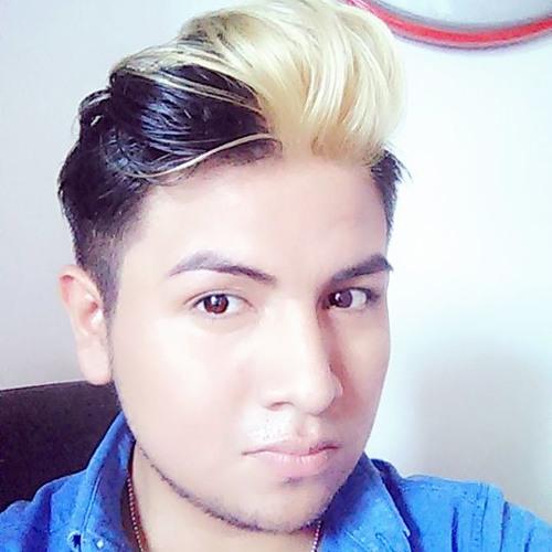 User 911795876's avatar