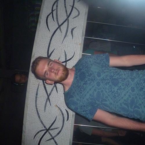 Henri1994's avatar