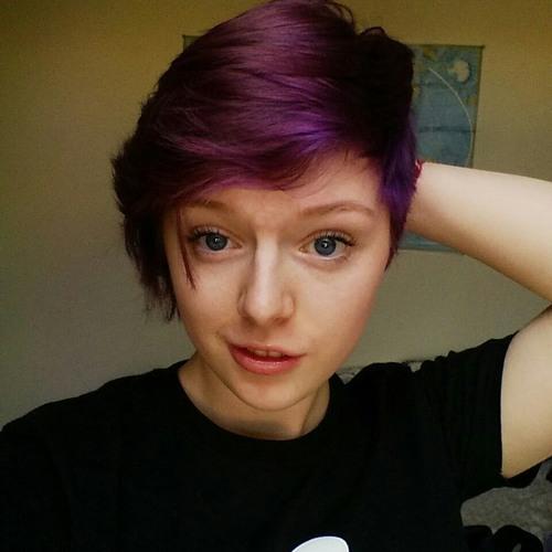Emilie Arianna's avatar