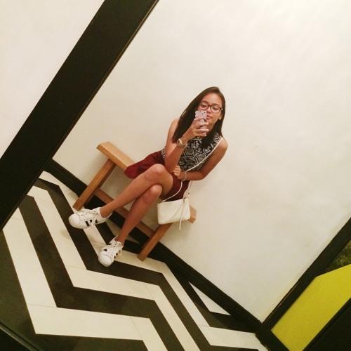 Elthia Angel's avatar