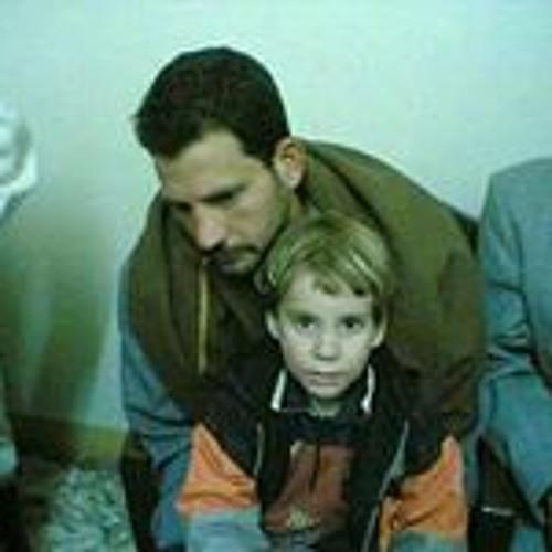 Omar Esam's avatar