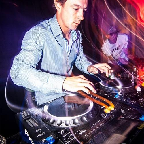 DJ Corp's avatar