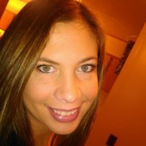 Holly Tibbs's avatar