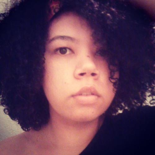 Lua Padilha's avatar
