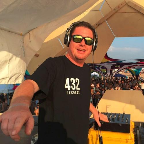 Joel Rowdy's avatar