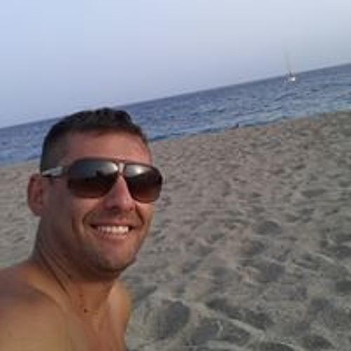 Ricardo Rodriguez's avatar