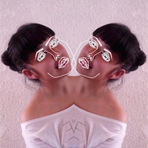 CeCii Alarcon's avatar