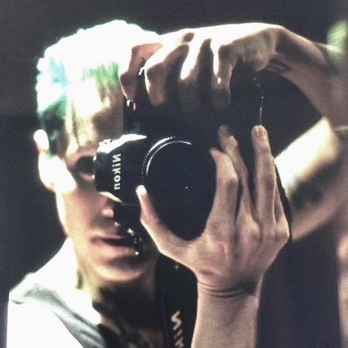 Lucas Lopes's avatar