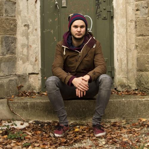 Matthias Purple's avatar