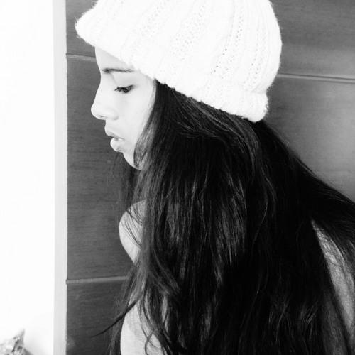 Daniela Tang's avatar