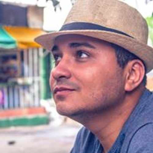 Estudante de Manaus cria primeiros óculos de realidade virtual com fibra de carbono do mundo.