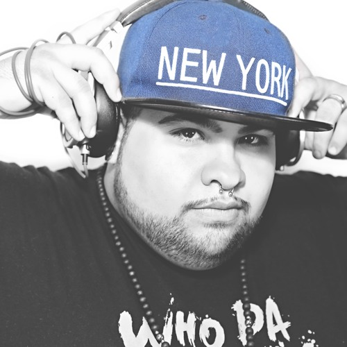 Carlos Angel's avatar