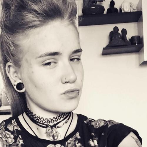 rosiia24's avatar