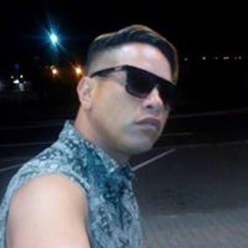 Gary Gwest Wall's avatar