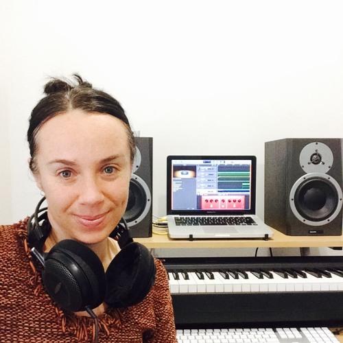 Liz Hennessy's avatar