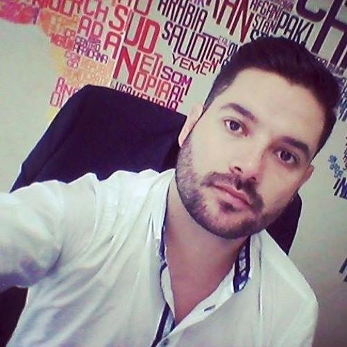 Alejandro Ro's avatar