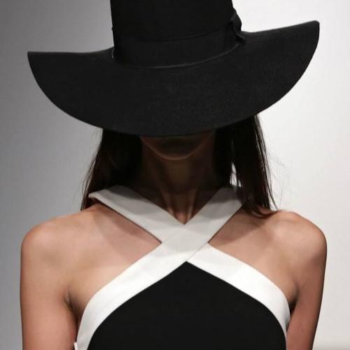 Stephanie Rogue's avatar