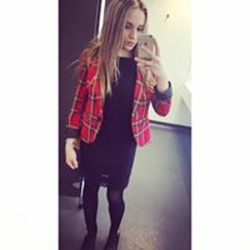 Karolina Hajduk's avatar