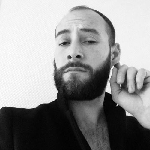 Alex Mitch Humbert's avatar