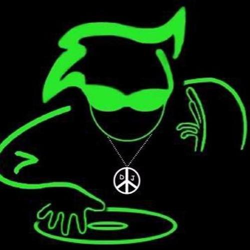 DJ BORN 9120's avatar