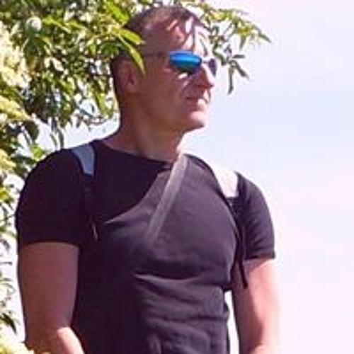 John Kuhles's avatar