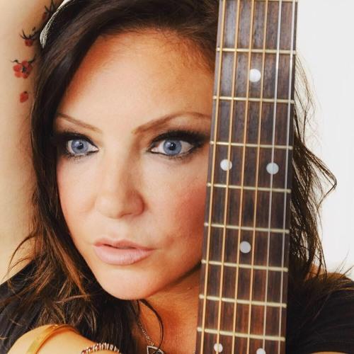Vicki Kiely's avatar