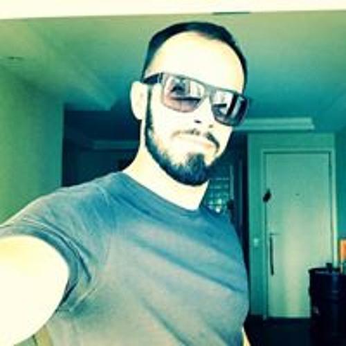 Hally Amaral's avatar